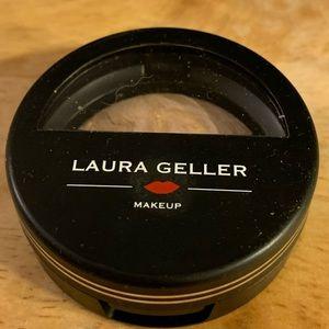 Laura Geller balance n brighten foundation spf 15